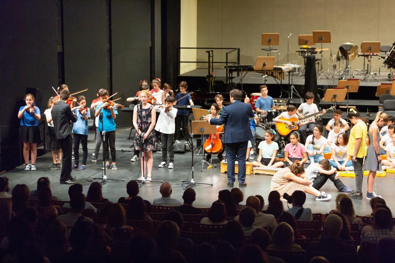 Concierto final del 'Proyecto Adopta un Músico-La Ross en tu Aula'